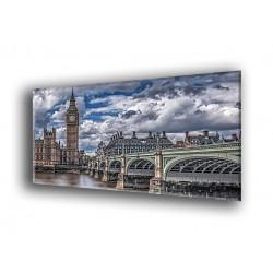 16007-Londres bajo nubes