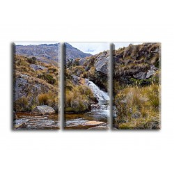 22515-Rio de montaña silvestre