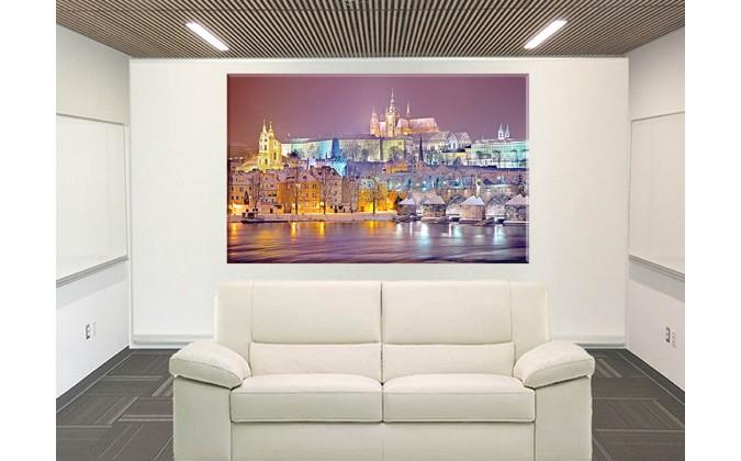 Lienzo- de -Praga-iluminada-15530